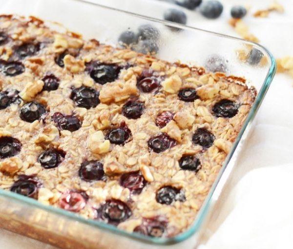 Healthy Vegan Baked Blueberry Oatmeal